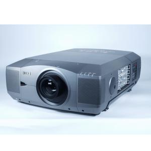 Eiki LC-XT3 LCD incl. lens (10.000 ansilumen) AANBIEDING!